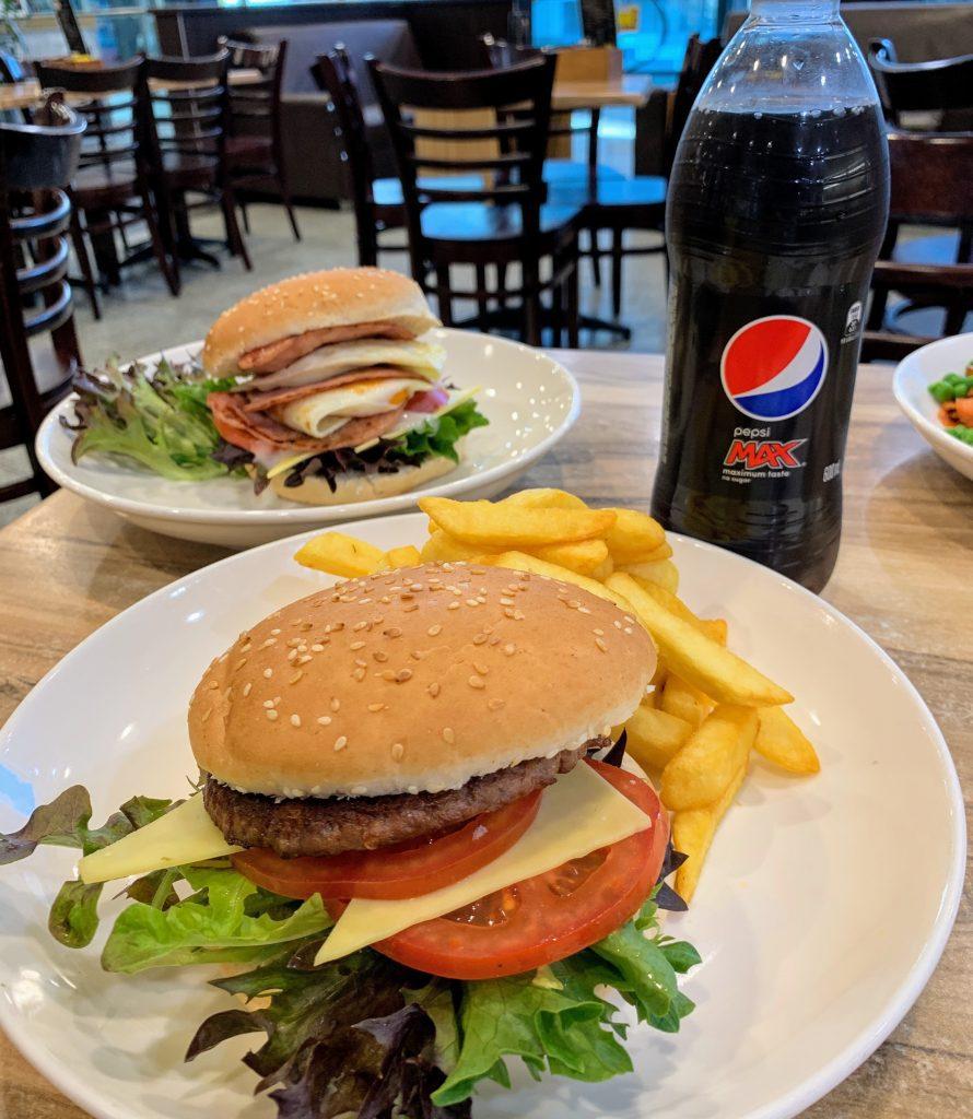 Sandwich Chefs Burger